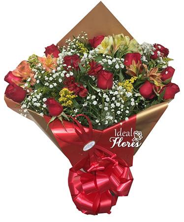 1052 Buquê de 1 Dúzia de Rosas com Astromélias