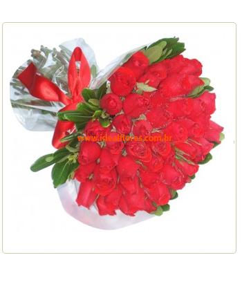 1322 Ramalhete Tradicional de Rosas Vermelhas