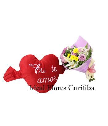 1344 Combo Pelúcia de Coração Eu Te Amo + Ramalhete