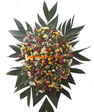1392 Coroa de Flores Tradicional de Flor do Campo